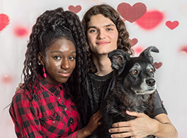 Valentine Family Photos With Pets